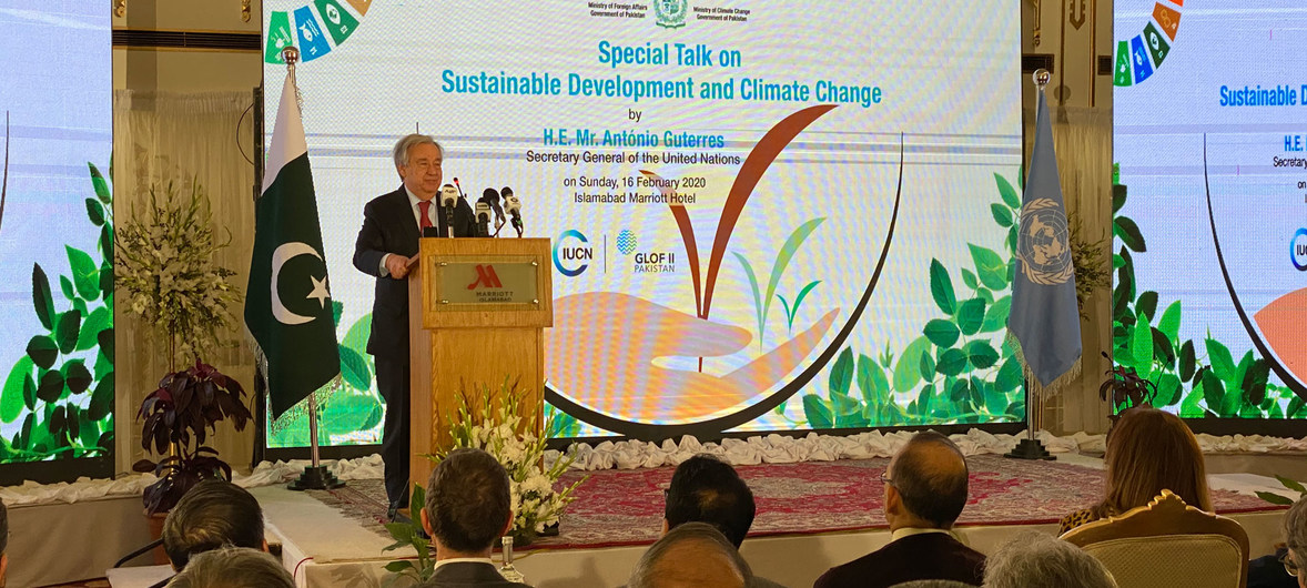 In Pakistan, Guterres urges world to step up climate action, praises support to Afghan refugees